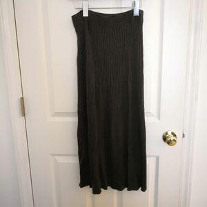 Uniqlo U 100% wool stretched long skirt